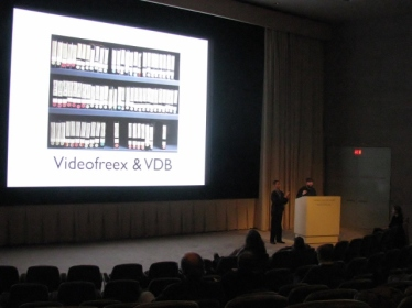 Tom Colley of the Video Data Bank explains the partnership between VDB and Videofreex. Photo by Denaise Seals.